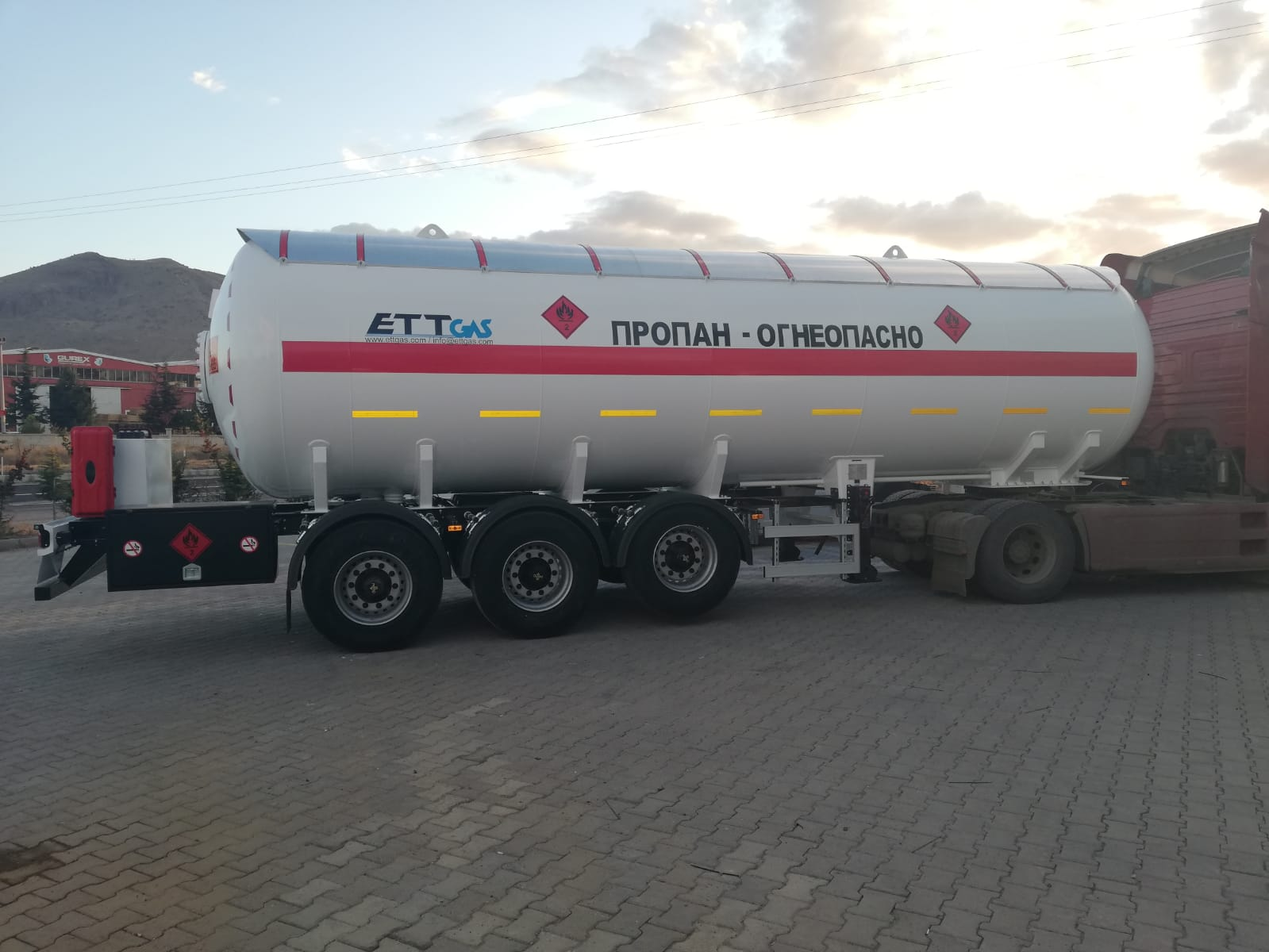 36 m3 LPG TRAILER 2PCS WE SENT KAZAKHISTAN